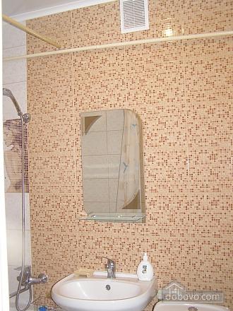 Квартира возле станции метро 23 Августа, 2х-комнатная (97313), 005