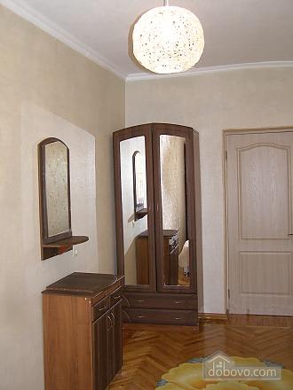 Квартира возле станции метро 23 Августа, 2х-комнатная (97313), 007