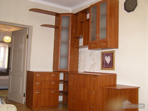 Квартира возле станции метро 23 Августа, 2х-комнатная (97313), 009