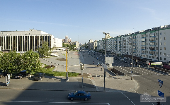 Современная квартира возле метро Дворец Украина, 1-комнатная (88874), 002