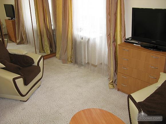 Сучасна квартира біля метро Палац Україна, 1-кімнатна (88874), 004