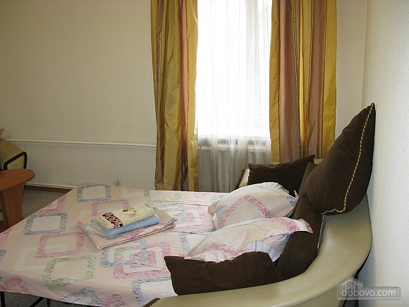 Сучасна квартира біля метро Палац Україна, 1-кімнатна (88874), 010