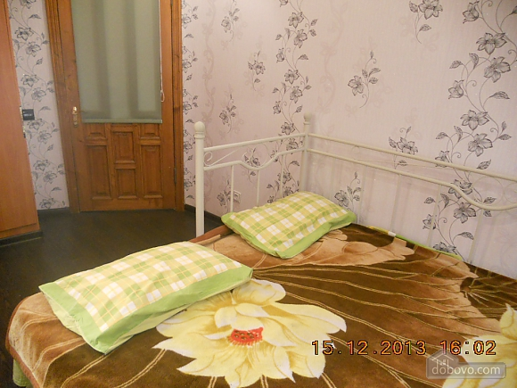 Затишна двокімнатна квартира, 2-кімнатна (94897), 006