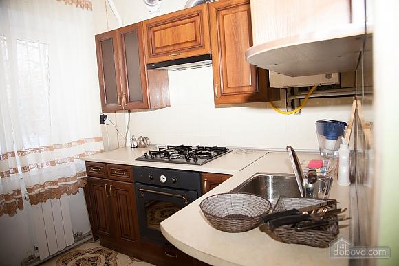 Апартаменты в тихом центре, 2х-комнатная (74226), 012