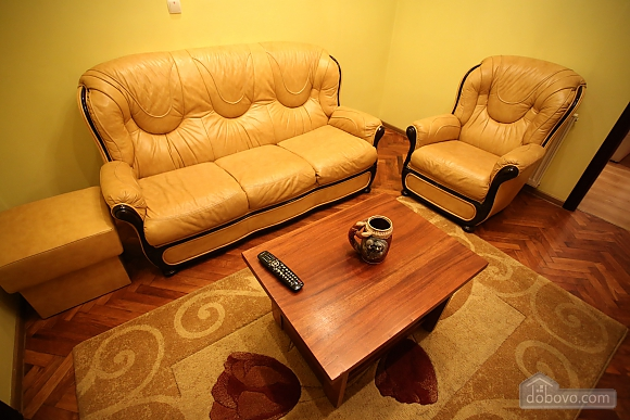 Cozy apartment with separate rooms, Zweizimmerwohnung (79807), 009