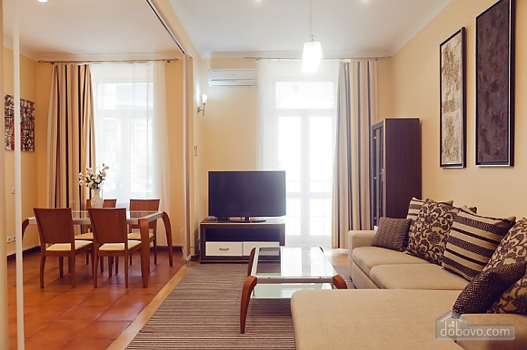 Beautiful LUX three bedroom apartment on 8B Khreschatyk street, Trois chambres (92657), 016