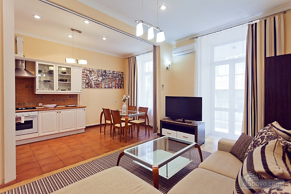 Beautiful LUX three bedroom apartment on 8B Khreschatyk street, Trois chambres (92657), 017