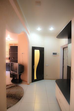 Квартира на Пантелеймонівській, 3-кімнатна, 009
