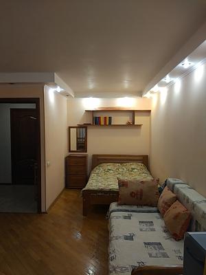 На вулиці Григорія Андрющенка, 1-кімнатна, 001
