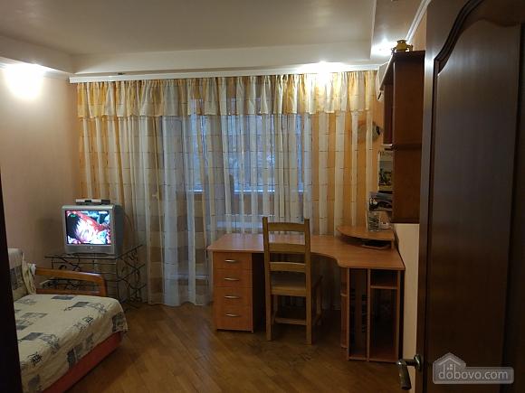 На вулиці Григорія Андрющенка, 1-кімнатна (44074), 010