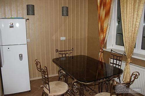 Уютные апартаменты в Киеве, 1-комнатная (66591), 004