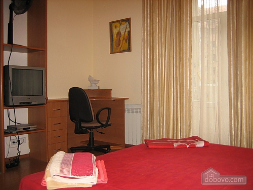 Apartment in the heart of the bustling capital, Two Bedroom (66986), 008