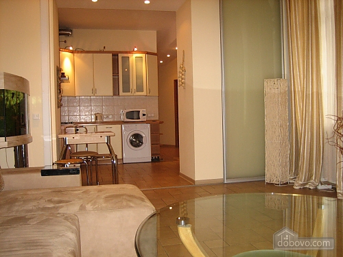 Apartment in the heart of the bustling capital, Two Bedroom (66986), 003