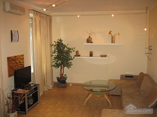 Apartment in the heart of the bustling capital, Two Bedroom (66986), 001