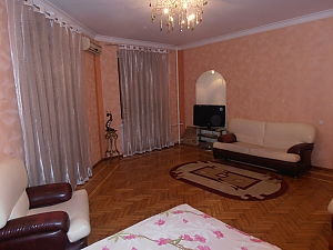 17 Zhukovskoho, One Bedroom, 002