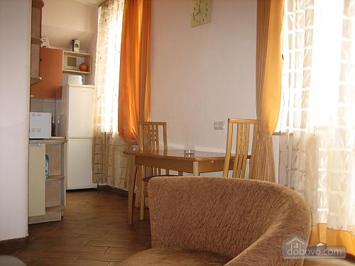 Квартира на Червоноармійській, 2-кімнатна (44602), 004