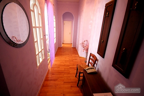 20 Малая Житомирская, 3х-комнатная (44734), 013