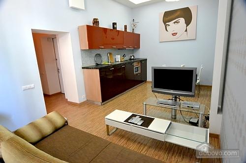 4 Софіївська, 2-кімнатна (89766), 001