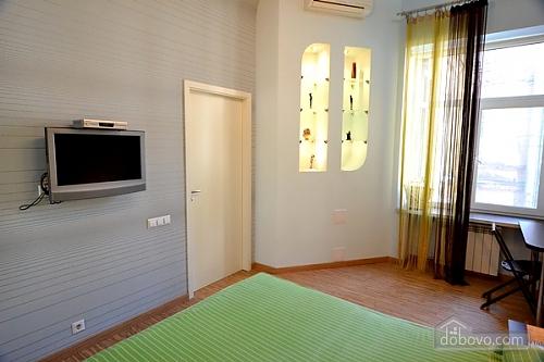 4 Софіївська, 2-кімнатна (89766), 010