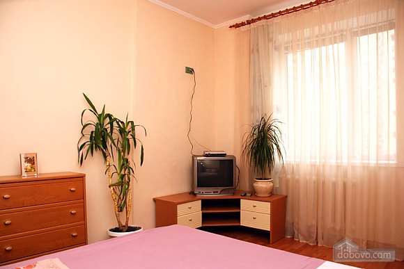 Apartment in a new building near the IEC, Two Bedroom (46471), 005