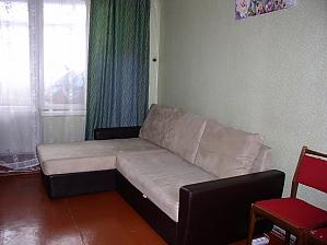 Затишна квартира біля метро Героїв Праці, 1-кімнатна, 003