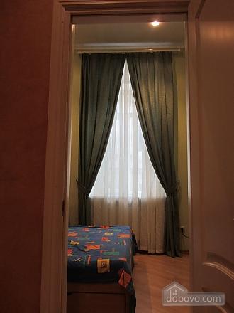 Затишна квартира біля Дерибасівської та Міського саду, 1-кімнатна (16287), 005