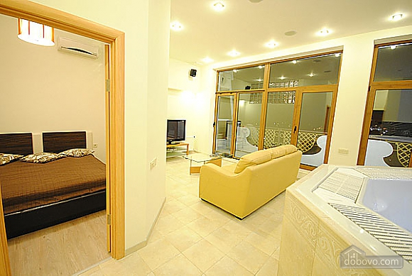 VIP apartment with a terrace and a SPA-pool, Zweizimmerwohnung (62425), 004