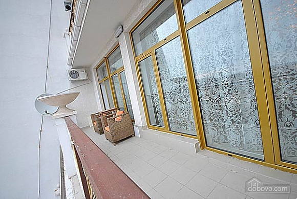 VIP apartment with a terrace and a SPA-pool, Zweizimmerwohnung (62425), 024