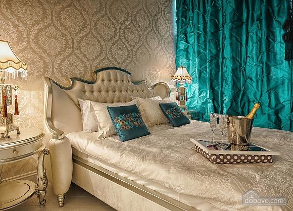Роскошная квартира в Аркадийском дворце, 2х-комнатная (73183), 005