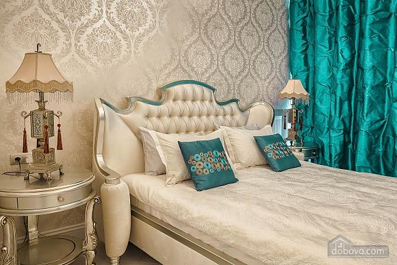 Роскошная квартира в Аркадийском дворце, 2х-комнатная (73183), 006