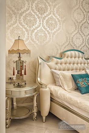 Роскошная квартира в Аркадийском дворце, 2х-комнатная (73183), 007