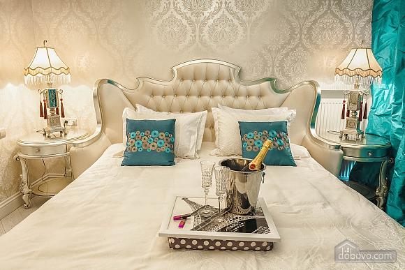 Роскошная квартира в Аркадийском дворце, 2х-комнатная (73183), 008