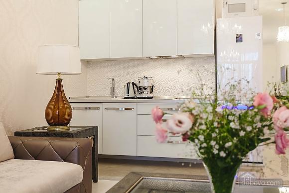 Роскошная квартира в Аркадийском дворце, 2х-комнатная (73183), 030