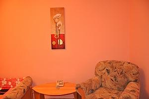 Apartment near metro Klovska, Studio, 003