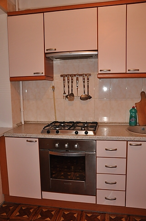 Apartment near metro Klovska, Studio, 004