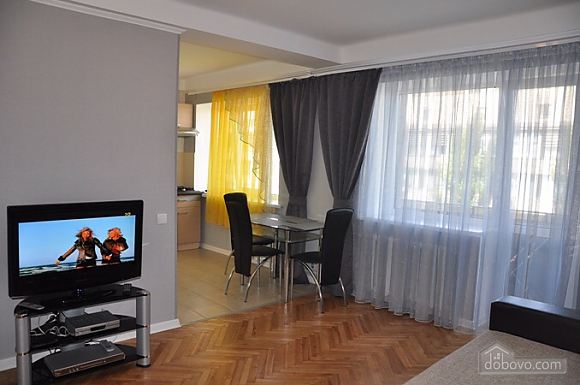 Nice apartment next to Pechersk, One Bedroom (39955), 002