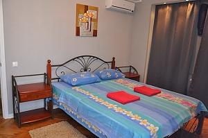 Nice apartment next to Pechersk, One Bedroom, 003