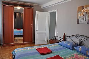 Nice apartment next to Pechersk, One Bedroom, 004