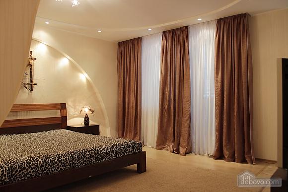 VIP apartment with Wi-Fi, Studio (30563), 010