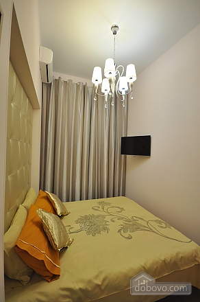 Роскошные двухэтажные апартаменты, 3х-комнатная (26314), 006