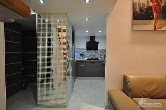 Роскошные двухэтажные апартаменты, 3х-комнатная (26314), 013