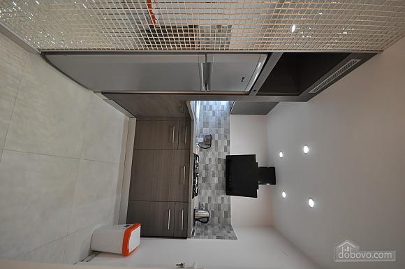 Роскошные двухэтажные апартаменты, 3х-комнатная (26314), 014