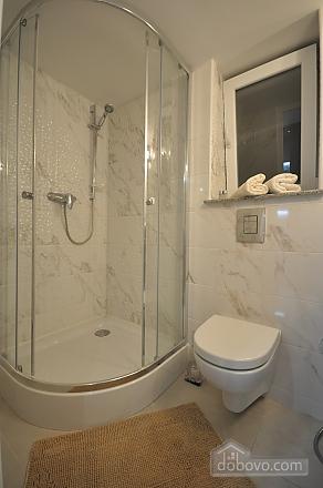 Роскошные двухэтажные апартаменты, 3х-комнатная (26314), 016