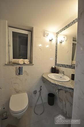 Роскошные двухэтажные апартаменты, 3х-комнатная (26314), 018