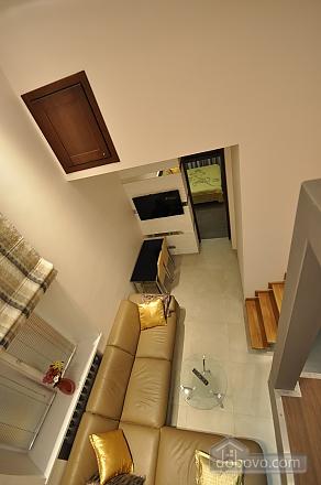 Роскошные двухэтажные апартаменты, 3х-комнатная (26314), 024