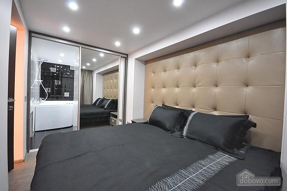 Роскошные двухэтажные апартаменты, 3х-комнатная (26314), 029