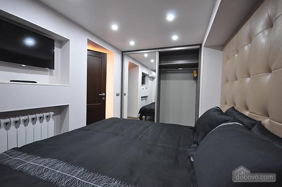 Роскошные двухэтажные апартаменты, 3х-комнатная (26314), 030