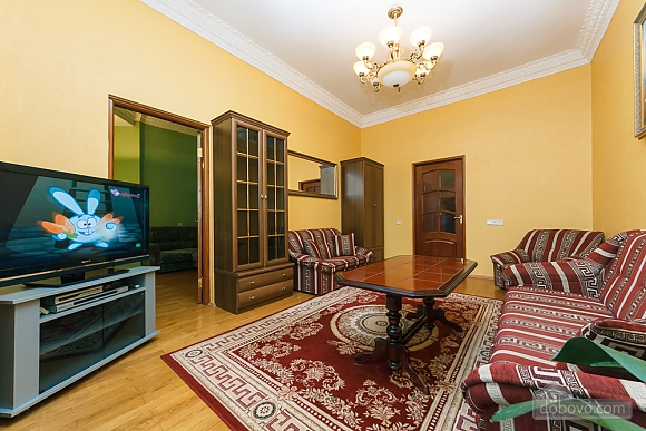 Beautiful apartment on Khreschatyk, Due Camere (69827), 006