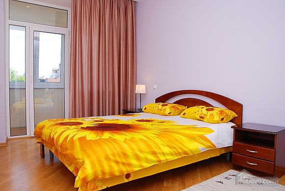 Квартира на Майдані Незалежності, 3-кімнатна (37587), 001