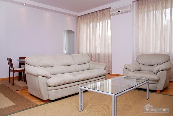 Квартира на Майдані Незалежності, 3-кімнатна (37587), 005